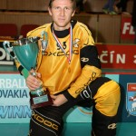 Ķegumietis Normunds Krūmiņš ar «EuroFloorball Cup 2013» galveno trofeju.