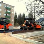 Ogrē, Mālkalnes prospektā, notiek intensīvi satiksmes apļa pievadceļu rekonstrukcijas darbi.