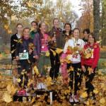 A vecuma grupas meiteņu sacensībās vietu uz goda pjedestāla izcīnīja Ogres 1.vidusskolas, Jumpravas vidusskolas un E.Kauliņa Lielvārdes vidusskolas komanda.