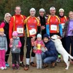 Pēc veiksmīgi aizvadītām skriešanas sacensībām tradicionālo ģimenes foto piemiņai vēlējās ikšķiliešu komanda «Izturība».