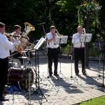 Ogres 9. Mūzikas svētku programmā bija arī LNSO metālpūšamo instrumentu ansambļa koncerts. Ansambļa sastāvā spēlēja Kaspars Majors (trombons), Artūrs Hrustaļovs (trombons), Raivis Māgurs (tuba), Ernests Mediņš (sitamie instrumenti) un ogrēnietis Artūrs Bērziņš (trombons).